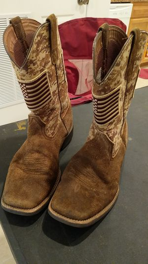 Ariat Boots Size 10.5 for Sale in Waynesville, MO