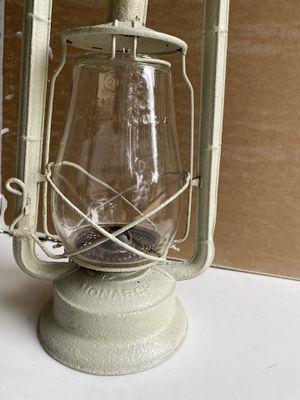 Monarch Vintage/ Antique Kerosine Lamp for Sale in Pearland, TX