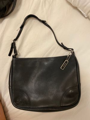 Black used coach little purse for Sale in Honolulu, HI