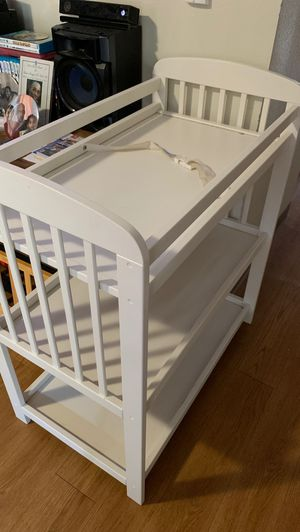 Changing table good wood in good condition for Sale in Tacoma, WA