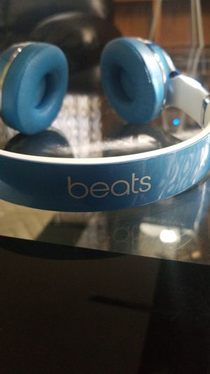 Beats solo 2 for Sale in Newark, OH