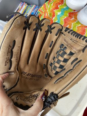 """Left handed 12"""" Rawlings -New for Sale in North Las Vegas, NV"""