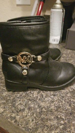 Size 9 Michael Kors for Sale in Lake Wales, FL