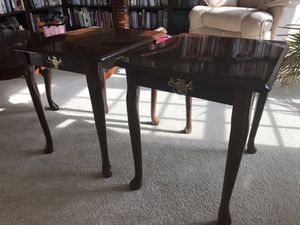 2 Mahogany Queen Anne End Tables w Brass Accents - Very Good Condition for Sale in Haymarket, VA