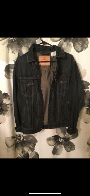 Levi's Jean Jacket Size Medium fit like a small for Sale in Baltimore, MD