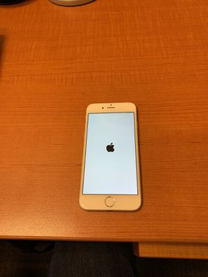 iPhone 6s 32gb - excellent used condition for Sale in Apex, NC