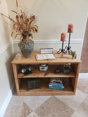 """Shelf Unit """"Rustic Wooden 3 Level Shelf Unit"""" 42 Inches Long x 28"""" Tall x 19"""" Deep (items not included) for Sale in Orlando, FL"""
