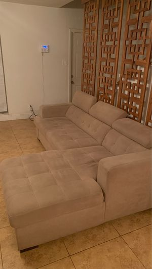 L sectional couch for Sale in Hollywood, FL