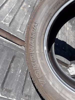 Tire 255 60 18 for Sale in Phoenix, AZ