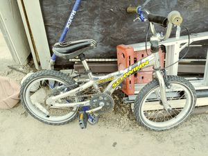 Kids Bike (schwinn) for Sale in Denver, CO