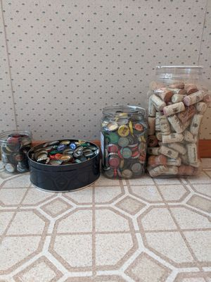 Bottle Caps + Wine Corks for Sale in Tacoma, WA