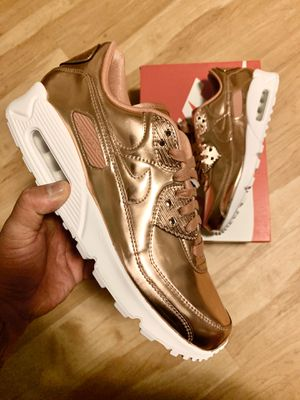"2020 NIKE AIR MAX 90 "" LIQUID ROSE GOLD for Sale in Oxon Hill, MD"