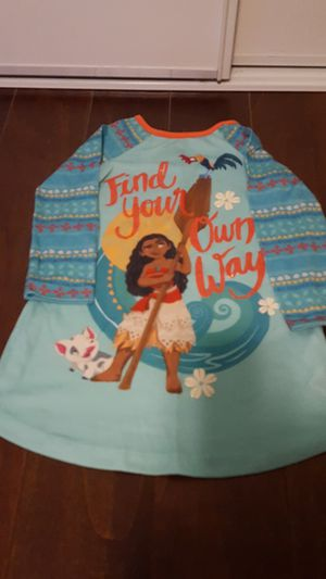 Girl's Moana pj size 3T for Sale in Jurupa Valley, CA