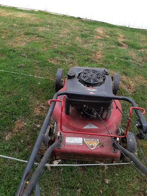 Lawn Chief lawn mower. for Sale in Brooklyn, OH