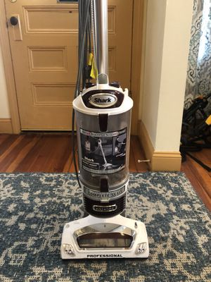 Shark Professional Vacuum for Sale in Medford, MA