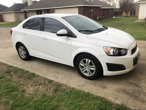 2013 Chevy sonic LT for Sale in Dallas, TX