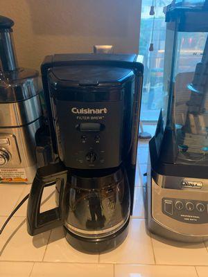 Cuisinart 8 cup coffee maker for Sale in Rialto, CA