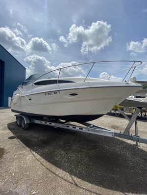 Boat 2002 Bayliner Ciera 2655 Cruiser with 3kw Generator. for Sale in Chicago, IL