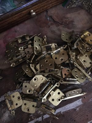 40 self closing cabinet hinges for Sale in Marietta, GA