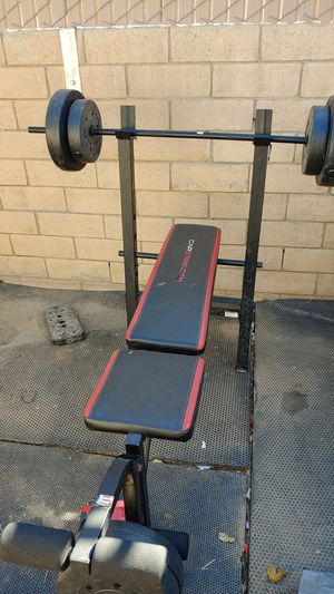 Weight bench with all weights. 10/15 for Sale in Palmdale, CA