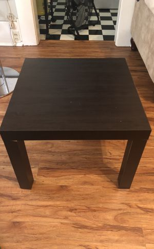 Small side table for Sale in San Diego, CA