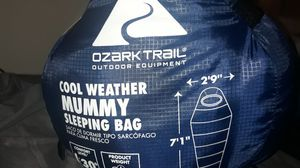 Cool weather sleeping bag for Sale in Wasco, CA