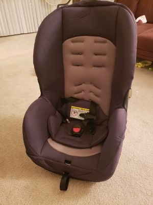 Evenflo convertible car seat for Sale in Fairfax, VA