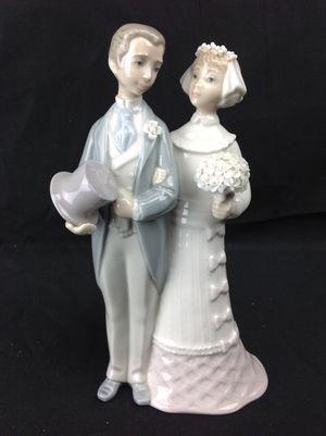 Lladro Wedding Bride & Groom Cake Topper Figurine for Sale in Largo, FL
