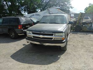 2001 Chevy Tahoe parts for Sale in Tampa, FL