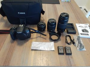 Canon t6 + 3 Lenses + 2 extra batteries + dual battery charger + lens hood + bag for Sale in West Chicago, IL