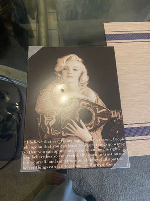 Marilyn Monroe pic for Sale in Lexington, KY