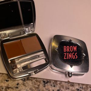 Benefit Cosmetics Brow Zings Color 2 Brow Set (makeup Beauty Cosmetics Make Up) for Sale in San Antonio, TX