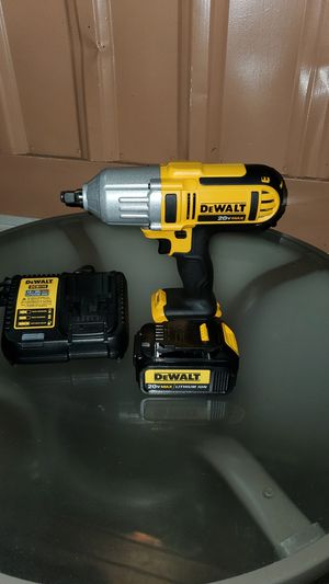 DEWALT 20VMAX 1/2 CORDLESS IMPACT WRENCH Y BATTERY Y CHARGER BRAND NEW for Sale in San Bernardino, CA