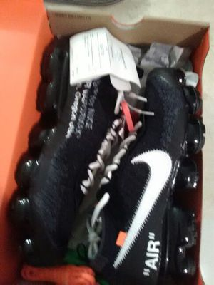 Nike air vapormax size 10 for Sale in Miami, FL