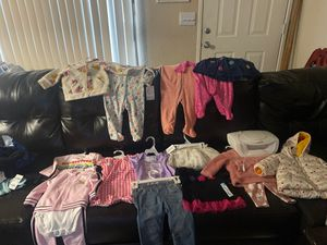 $50 Brand new Baby girl clothes size 6 - 9months And wipe warmer for Sale in San Leandro, CA