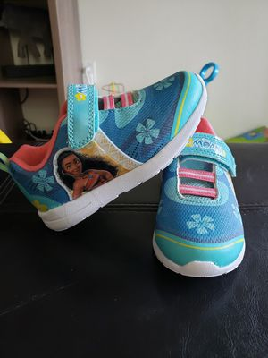 Brand new Moana sneakers 9c for Sale in Tualatin, OR