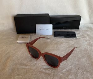 NEW AUTHENTIC Women's Christian Dior Very Dior 51mm Square Sunglasses for Sale in Upland, CA