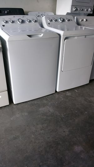 GE WASHER AND DRYER. for Sale in Homestead, FL