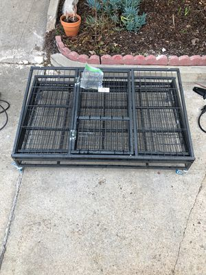 Sturdy metal dog crate XL for Sale in Los Angeles, CA