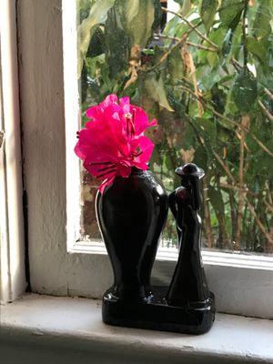 Unique artistic vase for Sale in Tampa, FL