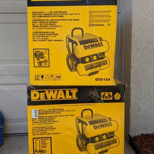 Dewalt Single Stage air Compressor for Sale in Clermont, FL