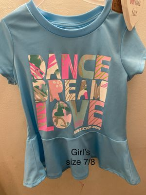 Skechers girl shirt size 7/8 for Sale in Mundelein, IL