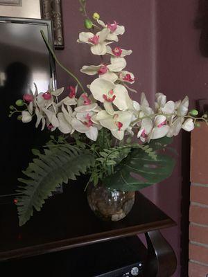 Flower Pot for Sale in Fontana, CA