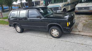 1992 Chevy s10 blazer 4.3l v6 for Sale in Pinellas Park, FL