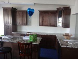 Kitchen cabinets for Sale in Manhattan Beach, CA