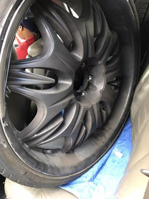 24 inch rims plastic dipped black for Sale in Columbus, OH
