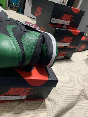 Jordan 1 Pine Green 2.0 for Sale in Miami, FL