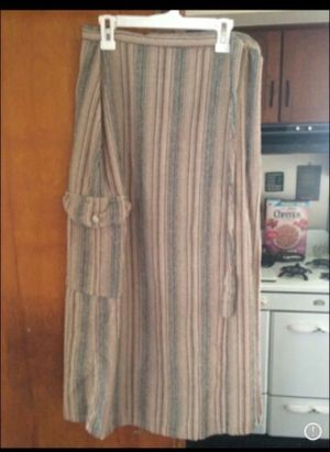 JE T'AIME brand boho button and wrap long skirt w pocket for Sale in Milnesville, PA