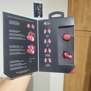 SkullCandy Wireless Red Buds for Sale in TWN N CNTRY, FL