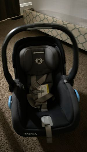 Uppababy car seat for Sale in Sacramento, CA